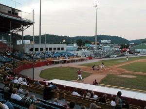 Greensboro Bats vs. Charleston AlleyCats, August 31, 2002