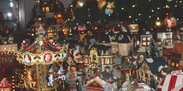 Berkeley County woman celebrates Christmas with tiny town