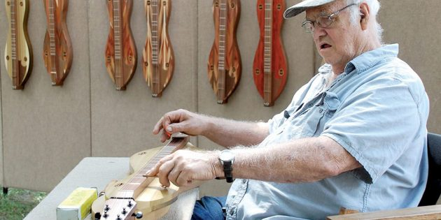 Annual Augusta Festival draws hundreds