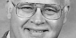Former Parkersburg News editor Robert Robinson dies at 70
